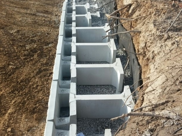 MagnumStone Gravity retaining wall extenders