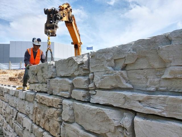 MagnumStone Retaining Wall Installation