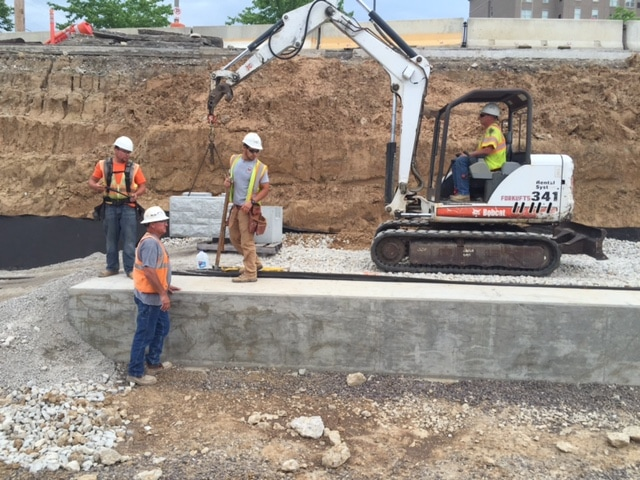 MagnumStone installing a retaining wall in st louis missouri