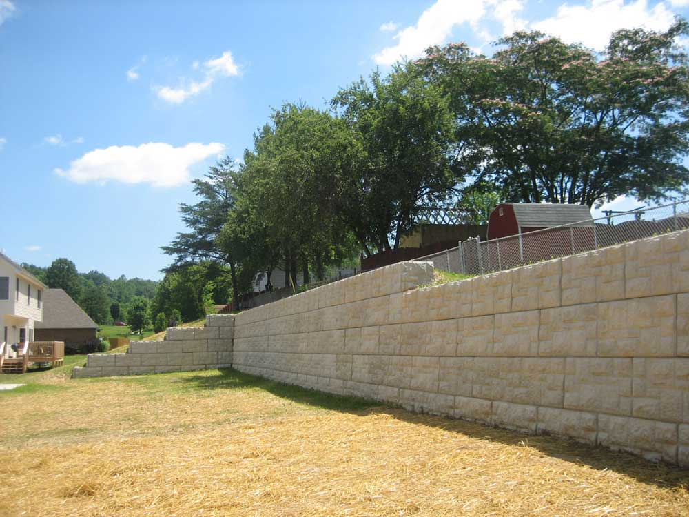 MagnumStone Block Retaining Wall Castle Face
