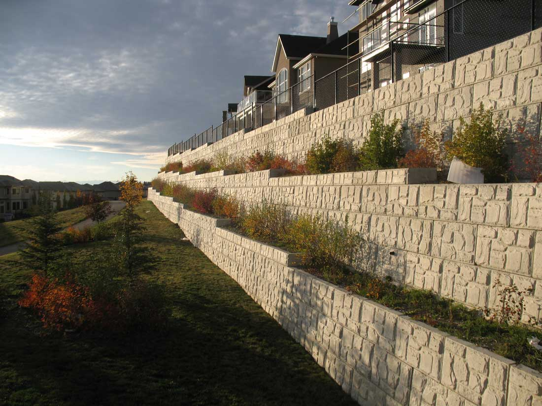 MagnumStone Block Retaining Wall Field Face Sunset