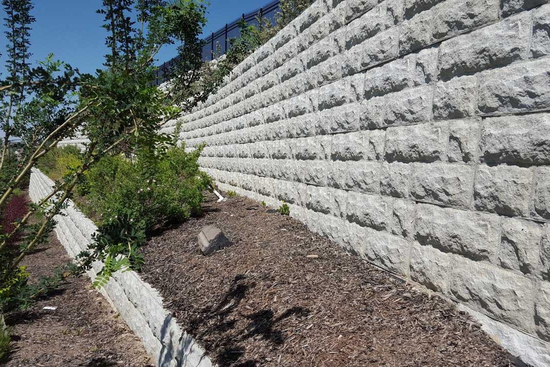 retaining-wall-blocks-magnumstone